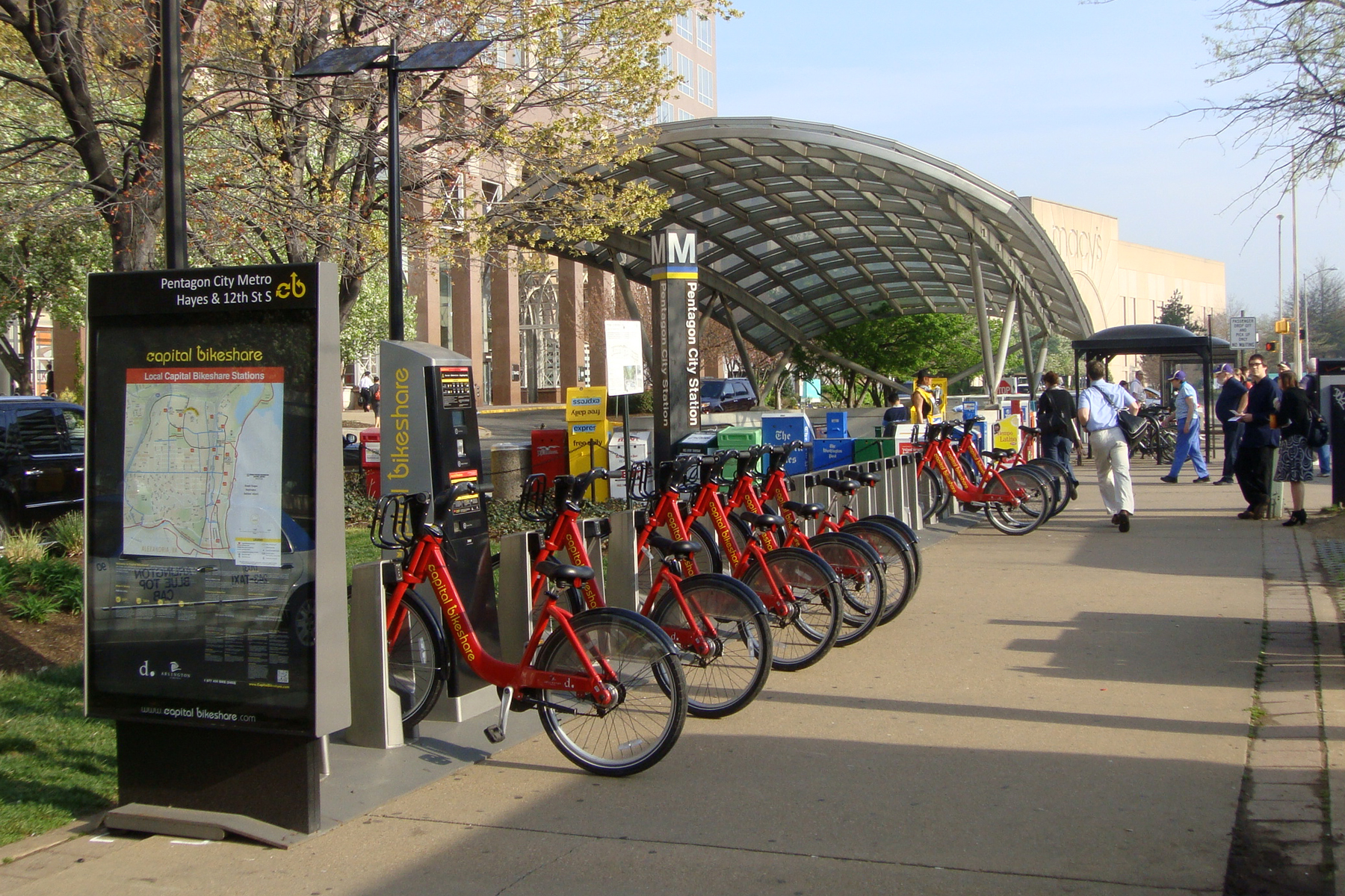 Bikeshare_Pentagon_City-mariordo59_flickr