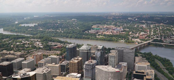 Arlington_County_from_the_air_by_Arlington_County_on_Flickr-600